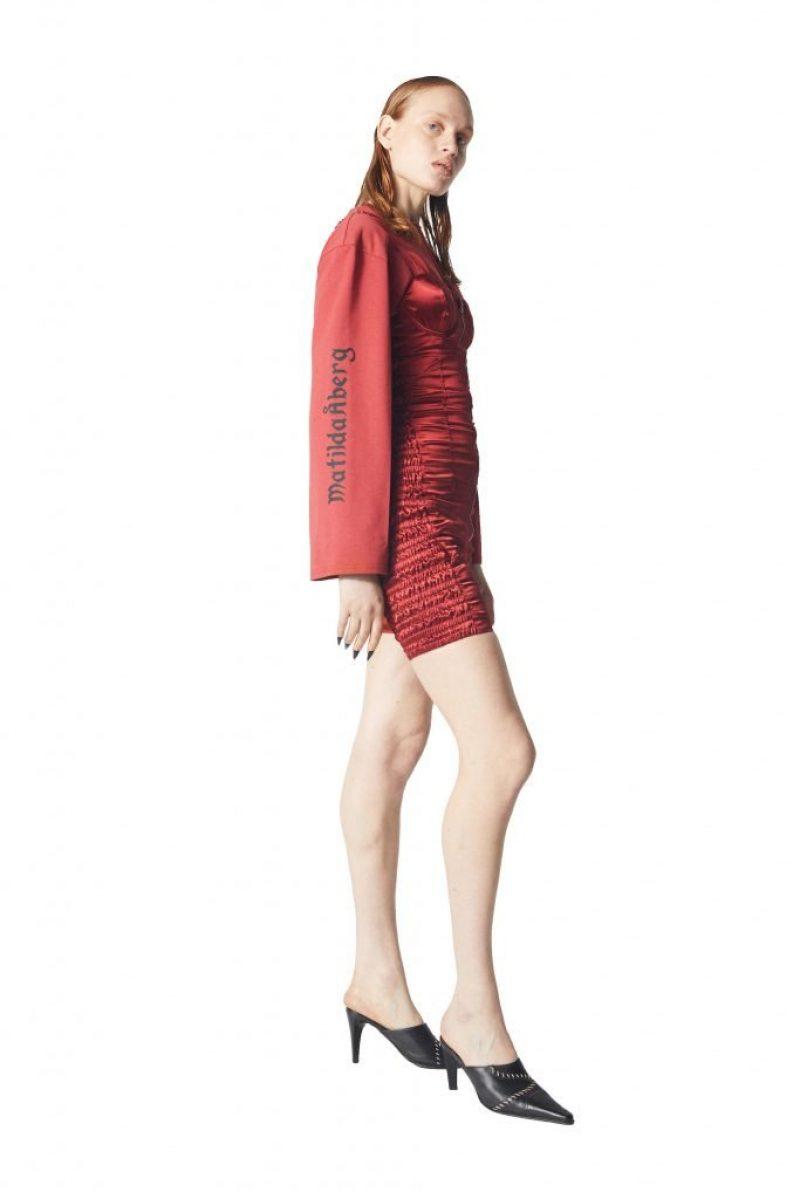 Mikaela Long Sleeve 1
